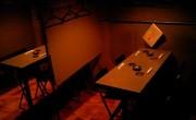 バー上海人形・テーブル席 (パーテーション有り)1.jpg